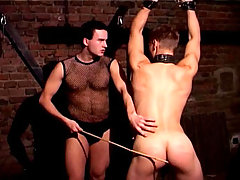 Master plays with his gay little toy in a dark basement !