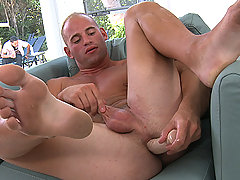 Gay stud plays with himself before takinga huge cock